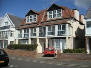 Promenade location flat to rent in Bognor Regis